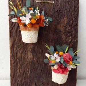 adorno de pared con flores preservadas