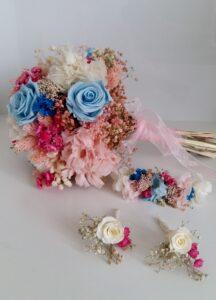 Ram de núvia fet amb flors preservades. Sabadell