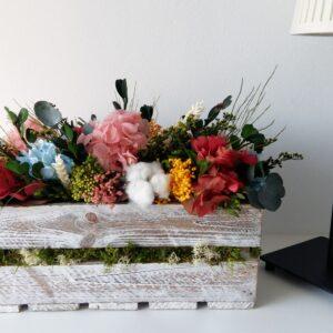 Flores preservadas en tonos alegres