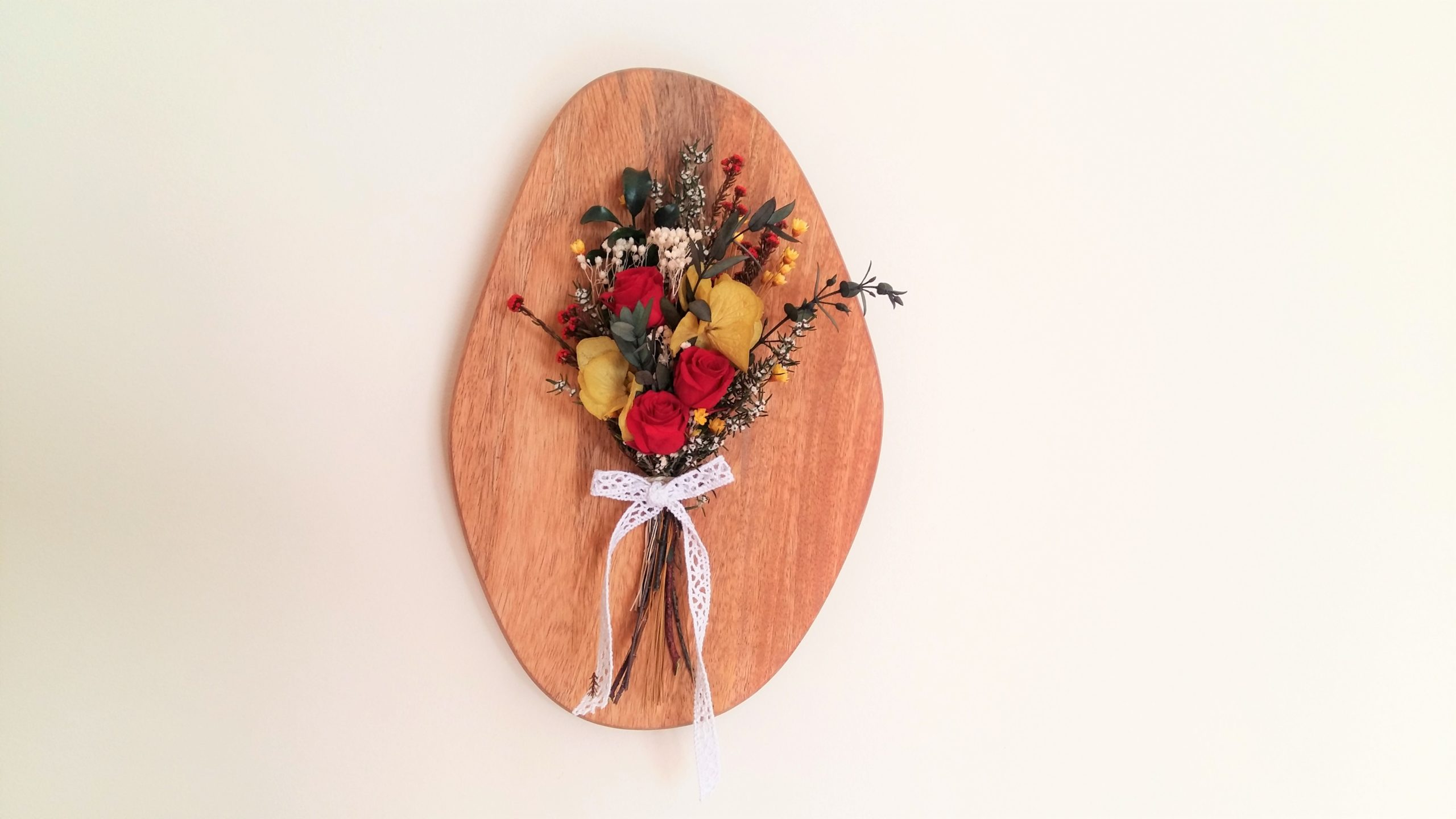 Cuadro con flores preservadas