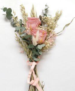Ramo de flores para el día de la madre en tonos rosas. Terrassa