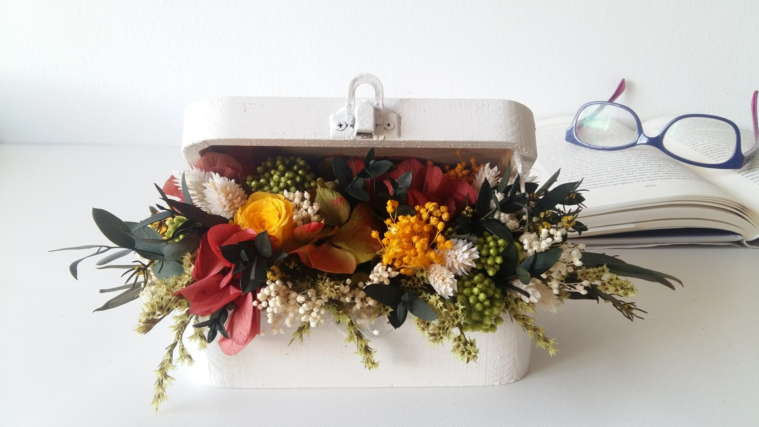 caja de flores preservadas