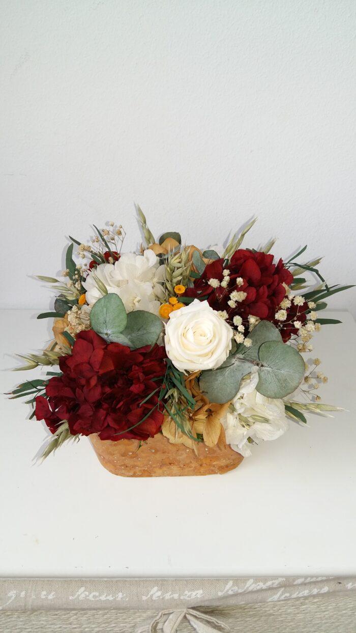 Composición de flores preservadas. Terrassa